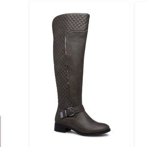 Amy Quilted Flat Boot Wide Calf